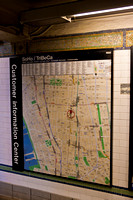 3885_DG_Subway_New_York_2010_ZV4N2765